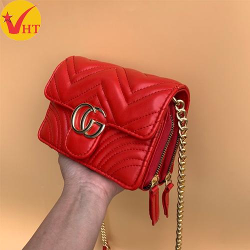 Túi xách thời trang CG trần chỉ V