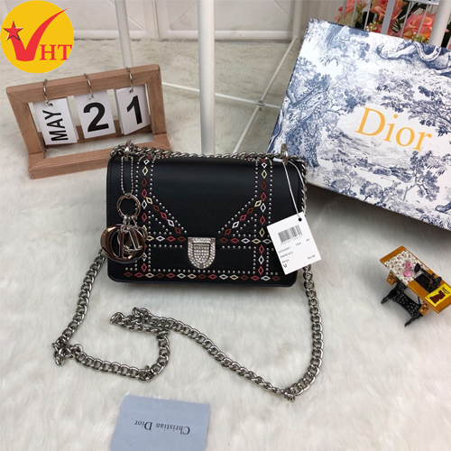 Túi xách thời trang Dior thêu viền đinh